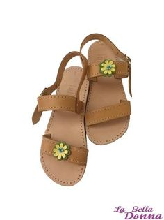 La Bella Donna - Χειροποιητα παιδικα σανδαλια 2015 - Leather Flower Leather Flowers, Sandals, Shoes, Fashion, Moda, Zapatos, Shoes Outlet, Fasion, Footwear