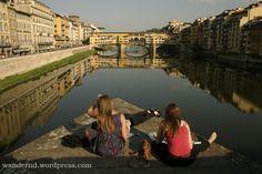 Aktualisierung 2017: Was ihr in Florenz unbedingt gesehen haben müsst, habe ich euch bereits verraten. Aber wo man den Touristenmassen entgeht, wo man gut zu Abend essen kann, wo man gutes Eis mit …