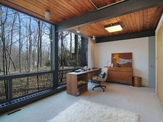 The previous home of mid-century textile designers Ben and Frances Rose has been on the market since 2009. The property consists of two stru...