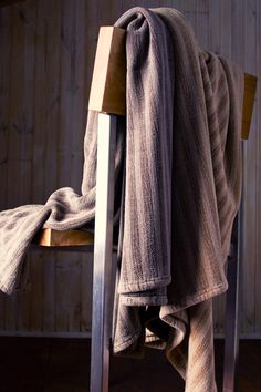 Bamboo Chenille throws from Mungo. This exquisite throw with a stunning drape and luster. A luxurious addition to your bedroom.