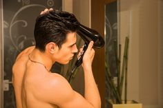 Make sure you're avoiding the mistakes! #hair #haircare #hairgoal #hairtips # #lovehair #men #women  http://www.cheatsheet.com/gear-style/things-you-should-never-do-to-your-hair.html/?a=viewall