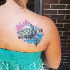Finally got my turtle tattoo! tat it up татуировки, тату, ил Hawaii Tattoos, Ocean Tattoos, Foot Tattoos, Body Art Tattoos, Tribal Tattoos, Sleeve Tattoos, Polynesian Tattoos, Tatoos, Beach Tattoos