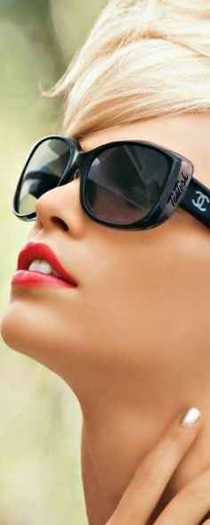 305c8aed64b8 ❇Téa Tosh❇ CHANEL Cool Glasses