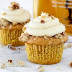 These Pumpkin Pecan Pie Cupcakes are a moist cake filled with pecan pie filling topped with pecan crumble and Bourbon Brown Sugar Cream Cheese Frosting. Cupcake Recipes, Pie Recipes, Cupcake Cakes, Cupcake Ideas, Blender Recipes, Recipies, Pumpkin Pecan Pie, Pumpkin Recipes, Pumpkin Cakes