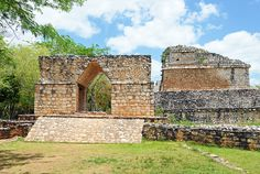 """Terminus or start of a sac'be at Ek' Balam, with characteristic Mayan """"arch"""". (archer10 [Dennis], via Flickr)."""