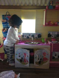 Cozinha de papelão Chair, Furniture, Home Decor, Cardboard Kitchen, Kids Playing, Decoration Home, Room Decor, Home Furnishings, Stool