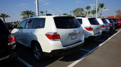 The 2013 Toyota Highlander Hybrid is one of our new Toyota near Orlando that's perfect for long road trips this summer, thanks to its interior space and great fuel efficiency! Find out more at Toyota of Clermont!   http://blog.orlandoautomotivefamily.com/2013/find-summer-fun-in-our-new-toyota-near-orlando/