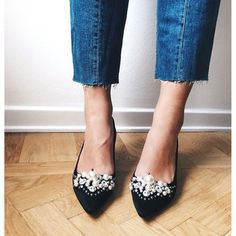 3c319c70c28 Shoes  tumblr pumps pointed toe pumps embellished pearl mid heel pumps  cropped jeans frayed denim