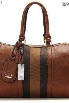 8654aac5dfc 57 Best I Heart Handbags images