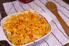 This Buffalo Chicken Mac and Cheese recipe is perfect for busy weeknights when you need a dish that will satisfy the entire family. Buffalo Chicken Mac And Cheese Recipe, Macaroni Cheese Recipes, Food Trends, Casserole Dishes, Cheddar, Easy Dinner Recipes, Main Dishes, Side Dishes, Crockpot