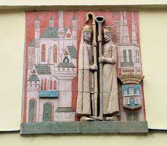 Ceramic relief by Margit Kovács, Vármegye street, Székesfehérvár, Hungary. Photo by KovacsDaniel Painting, Art, Art Background, Painting Art, Kunst, Paintings, Performing Arts, Painted Canvas, Drawings