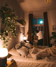 Das Geheimnis vom Raum der Wünsche - fridlaa With a little restyling, our problem child is instantly enchanted to the absolute space of desires. Dream Apartment, Apartment Living, Aesthetic Room Decor, Cosy Aesthetic, Cozy Room, Dream Rooms, Home Decor Bedroom, Bedroom Ideas, Budget Bedroom