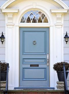 Front Door Paint Colors - Want a quick makeover? Paint your front door a different color. Here a pretty front door color ideas to improve your home's curb appeal and add more style! Front Door Paint Colors, Painted Front Doors, Front Door Design, Paint Colours, Exterior Doors, Entry Doors, Exterior Door Colors, Entryway, Exterior Paint