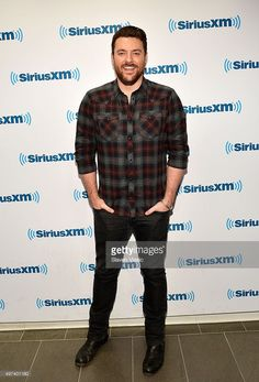 Singer/songwriter Chris Young visits SiriusXM Studios on November 2015 in New York City. Get premium, high resolution news photos at Getty Images