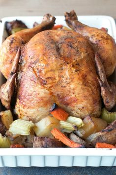 Who knew you could roast a whole chicken in the slow cooker? Sure comes in handy on busy days. #slowcooker #chicken #recipes #thecookful