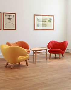 PELICAN fabric easy chair by @onecollectionas #design by Finn Juhl (1940)