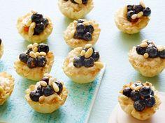 Healthy Blueberry-Ricotta Tartlets