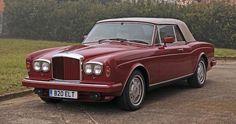 Livrée neuve à Sir Elton John, utilisée dans la vidéo Nikita ,Bentley Continental cabriolet 1985