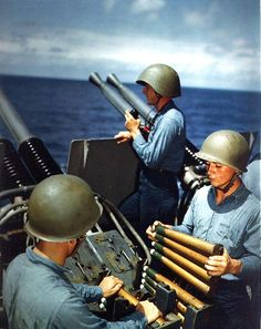 Crew of a quad anti-aircraft machine gun mount of battleship USS Alaska loaded clips into the loaders of the left pair of guns, off Iwo Jima, 6 Mar (US National Archives) Navy Marine, Us Navy, Battle Of Iwo Jima, Ww2 Photos, Ww2 Pictures, Military Pictures, Photographs, Alaska, American Veterans