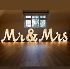 Light up Mr & Mrs letters set joined writing style with cabochone fairground bulbs - 3ft tall