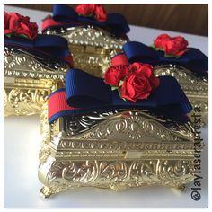 Porta-joias lindo demais... @lainacarneiro  #portajoias #portajoiasbau #portajoiaspersonalizado - laylascrapfesta