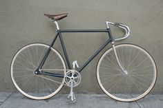These are some of the most beautiful bikes I've ever seen. Bertelli • Biciclette Assemblate • New York City • Monday