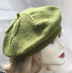 100% Wool Baby Alpaca Hand-Knitted Beret / Hat , Green Heather by ChicEnLaine on Etsy