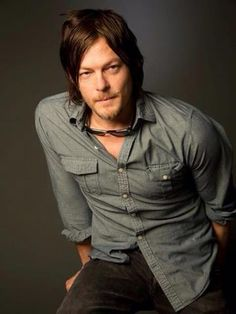 Don't usually go for the stoner-looking guys. but Norman Reedus? C'mon now....