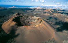 Vulkanické krátery na ostrově Lanzarote - Kanárské ostrovy - Montagna del Fuego, National parkTimanfaya