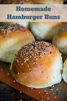 Hamburger Buns - Homemade Recipe - Honeybunch Hunts Quick Dinner Rolls, Dinner Rolls Recipe, Roll Recipe, Homemade Burger Buns, Homemade Hamburgers, Types Of Sandwiches, Slider Buns, Pastry Recipes, Bread Recipes
