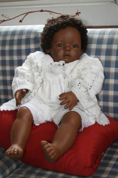 Annette Himstedt (signed on right foot) Mo doll 1990 BEAUTIFUL condition