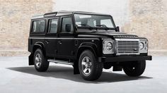 blogmotorzone: Land Rover Defender 68 años después…   en http://blogmotorzone.blogspot.com.es/