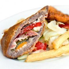 Töltött dámcomb friss salátával Sandwiches, Dishes, Drink, Recipes, Food, Beverage, Tablewares, Essen, Eten