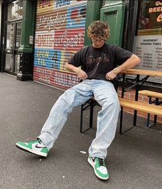 Retro Outfits, Boy Outfits, 90s Outfit Men, Teenage Boy Fashion, Skater Outfits, Stylish Mens Outfits, Streetwear Fashion, Skater Boy Style, Guy Hairstyles