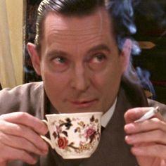 Holmes 221B coffe cup