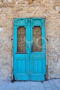 Israel...loved all the different doors!!