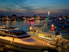 Christmas Boat Parade in Orange County >> http://www.frontdoor.com/buy/10-christmas-crazy-towns/pictures/pg204?soc=pinterest