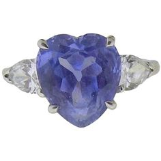 Preowned Cornflower Blue Heart Shaped Sapphire Diamond Platinum Ring ($5,900) ❤ liked on Polyvore featuring jewelry, rings, blue, pear shape diamond ring, blue diamond jewelry, sapphire diamond ring, diamond rings and platinum rings