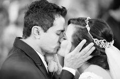 Casamento na cripta da Catedral Metropolitana de Fortaleza-CE. Fotografia de Casamento por Arthur Rosa.  Fotógrafo de Casamento em Fortaleza, Sobral, Santa Quitéria, etc...