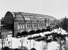 Berlin: Bahnhof Friedrichstraße, pictured from southwest. 1900.