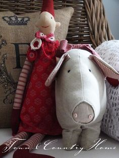 Why - it's an elf and a pig ...