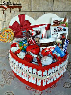 Great Tolle Geschenke Great Gifts Great Gifts – The post Great gifts appeared first on decoration. - post Great Tolle Geschenke Great Gifts Great Gifts – appeared first on Dekoration. Creative Box, Creative Gifts, Friend Birthday Gifts, Diy Birthday, Happy Birthday, Cute Gifts, Diy Gifts, Chocolate Bouquet, Chocolate Flowers