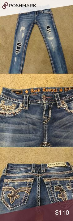 Rock Revival ☀ Sun skinny Size 25 Rock Revival Sun straight size 25 only selling because I lost weight and need size 24 now  Excellent condition worn once no holes, rips etc  Selling for less on m e r c a r I Rock Revival Jeans Skinny