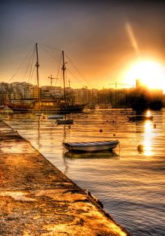 Lovely Maltese sunset. :) www.elanguest.com