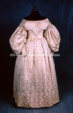 Historic Costume Collections | Historic Costume & Textiles Collection