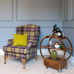 View the Queen Ann occasional chairs range by Finline Furniture, Ireland's leading manufacturer of handmade and bespoke occasional chairs.