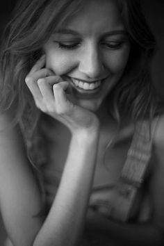 by Hans Krum #fotografie #model #shooting #portrait #photography #blackandwhite #smile #laugh