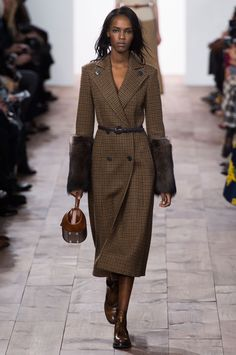 Michael Kors Fall 2015 Ready-to-Wear Collection  - ELLE.com