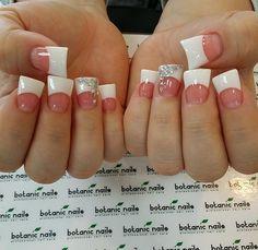 Nails, duck feet nails, duck tip nails, white acrylic nails, acrylic na Duck Tip Nails, Duck Feet Nails, Toe Nails, Zebra Nails, French Tip Acrylic Nails, Acrylic Nail Designs, French Nails, Gorgeous Nails, Pretty Nails