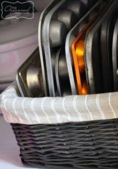 Easy pan storage idea